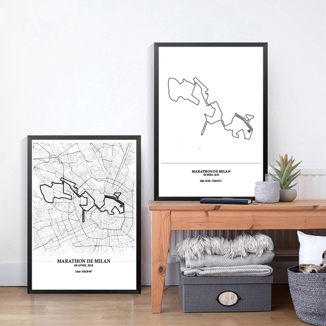 Aperçu de deux affiches encadrées représentant le tracé du marathon de Milan 2018